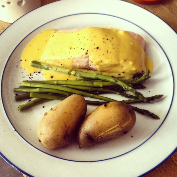 Hollandaise Salmon